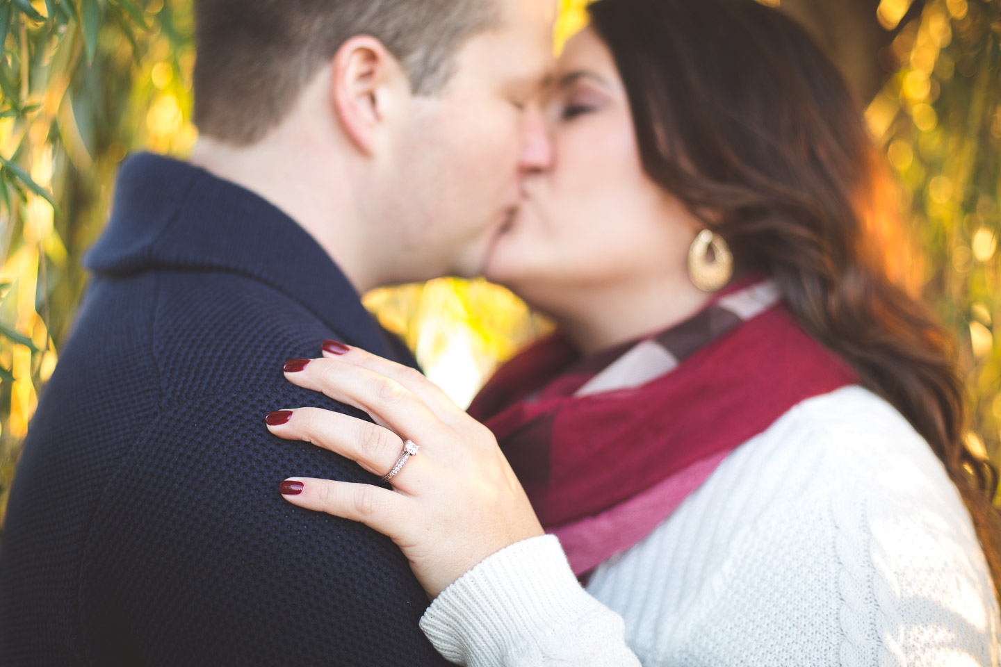 Engagement-Belle-Isle-Detroit-Willow-Kiss-Ring