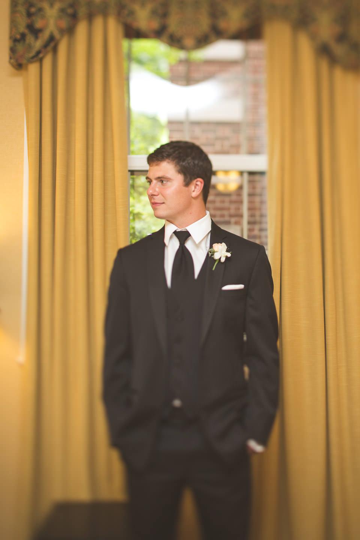 Michigan-Wedding-Creative-Groom-Formal-Portrait
