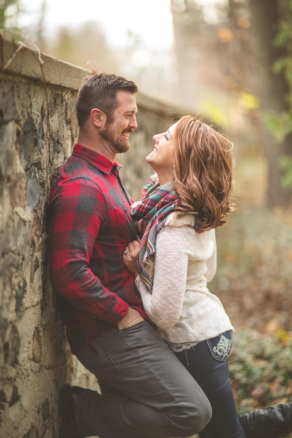 Kingswood-Engagement-Photos-Wall-Laugh