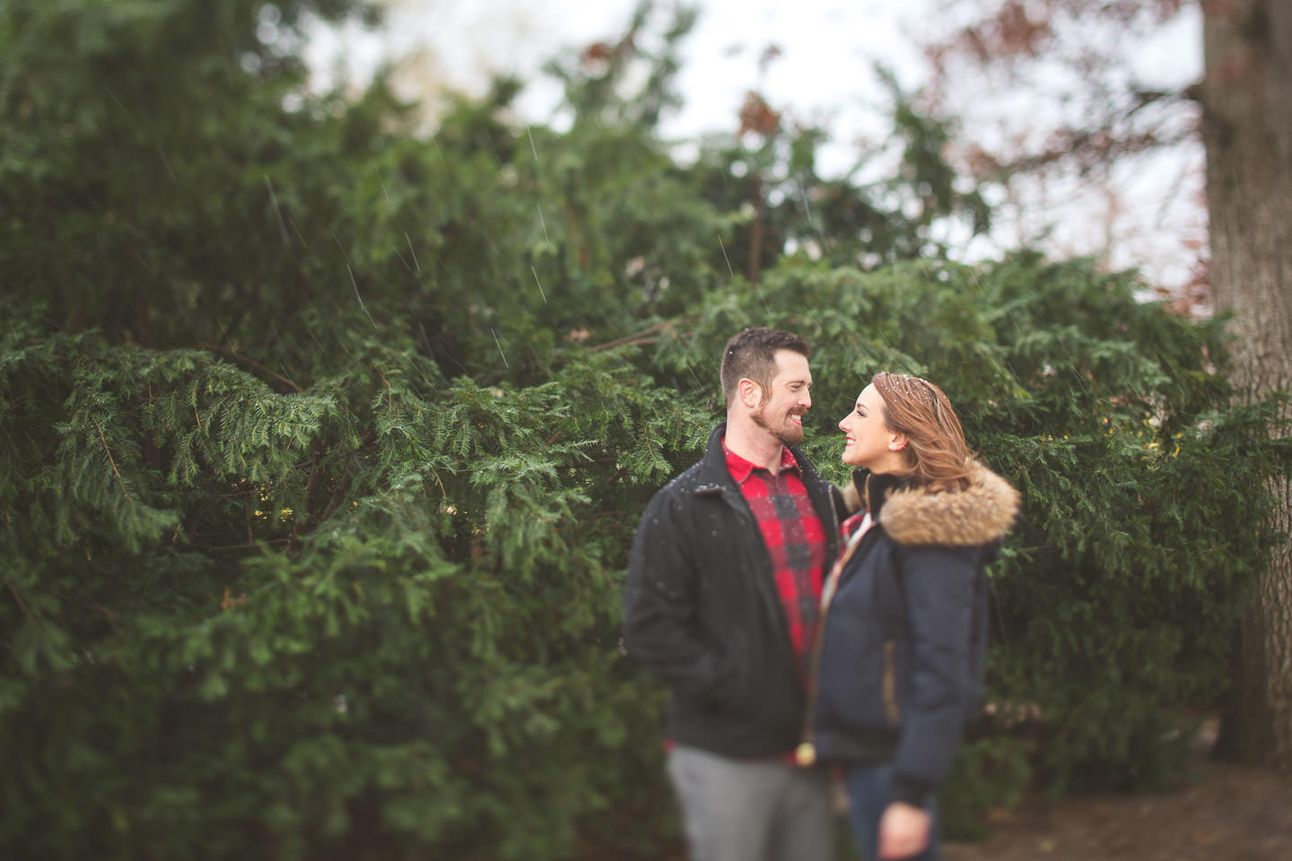 Michigan-Engagement-Photo-Early-Snow